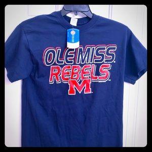 Tops - Ole Miss Rebels M t-shirt - New!